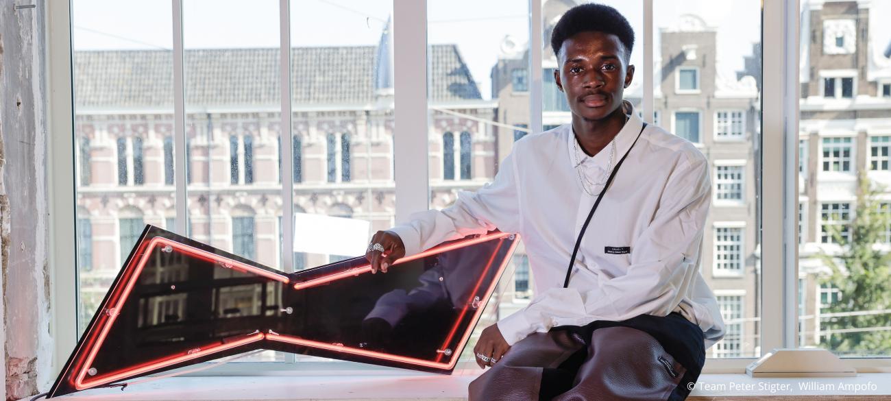 Van Modefabriek naar Fashionweek: Hoe William Ampofo zijn merk Cruèl op de kaart zette